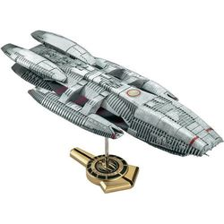 Model statku kosmicznego do sklejania Revell Battlestar Galactica 1:4105.