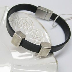 Rzemień i elementy metalowe i posrebrzane - bransoleta MĘSKA