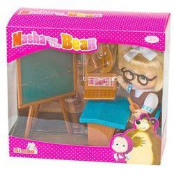 Lalka SIMBA Y287 Masza w szkolnym stroju przy tablicy