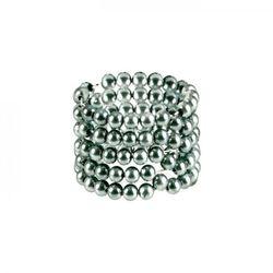 Metalowe pierścienie na penisa