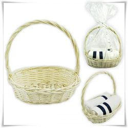 Koszyczek prezentowy z wikliny biały