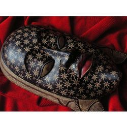 Dekoracyjny Prezent RZEŹBA Egzotyczna Maska ZAGADKOWEJ BOGINI