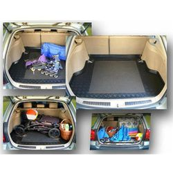 Mata do bagażnika antypoślizgowa Ford FOCUS III od 2011