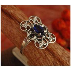 ROBBE - srebrny pierścionek z szafirem