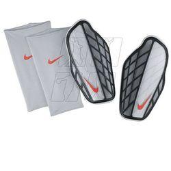 Ochraniacze piłkarskie Nike Protegga Pro M SP0315-080