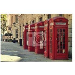 Plakat Tradycyjne starym stylu brytyjskie czerwone budki telefoniczne w Londynie.