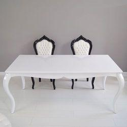 Biały stół, gięte nogi, wysoki połysk, styl Modern.
